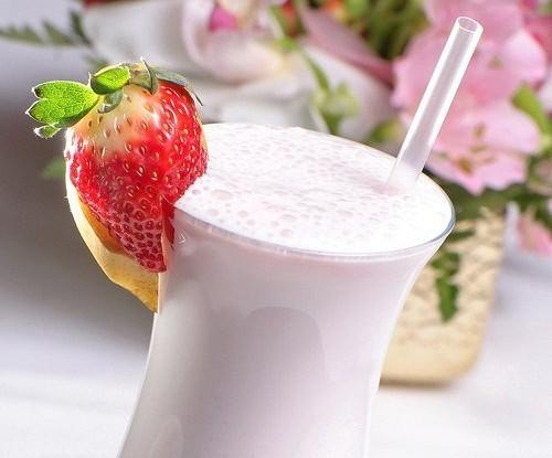Коктейль из молока
